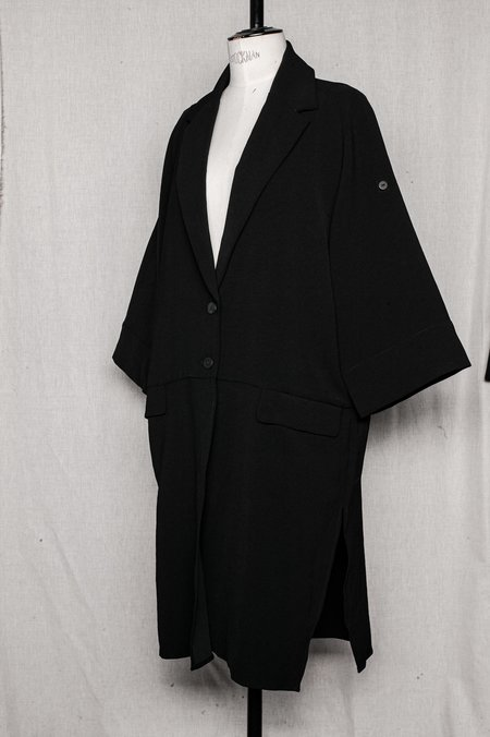 Berenik SUMME AUTUMN COAT WITH ROLLUP SLEEVES AND POCKETS IN SAKURA CREPE