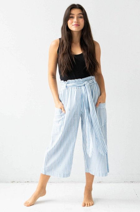 Salua Atelier Lingerie Tie Waist Crop Pants