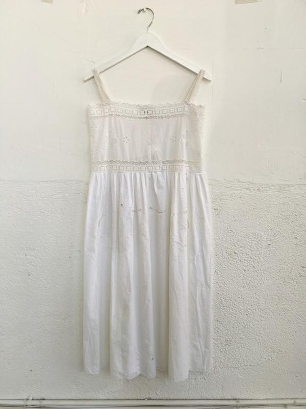 Place Nationale Skinny Strap Lace Midi Dress