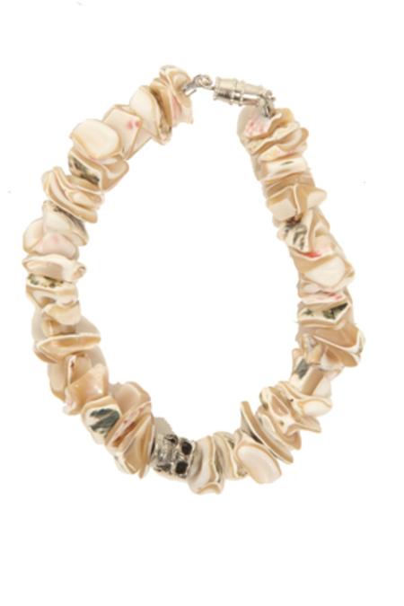 Duchess of Malfi Shell Fragment Bracelet with Skull - Beige