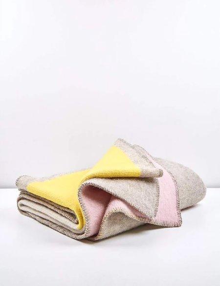 ZigZag Zurich Bauhaused 3 Wool Blanket - Beige