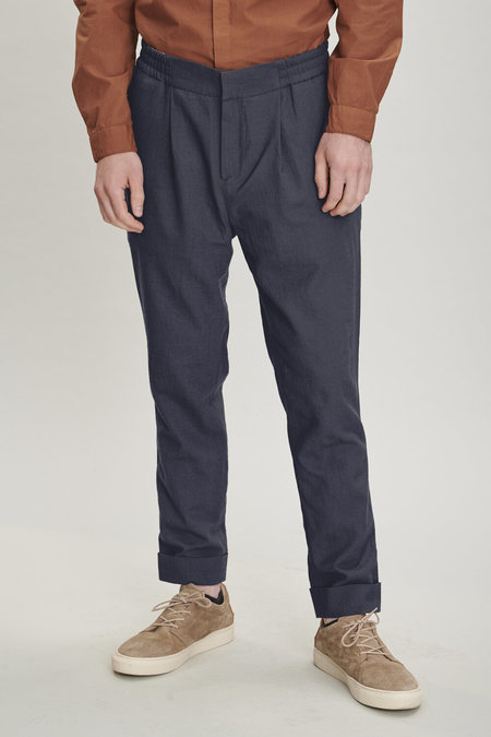 Delikatessen Finest Italian Sustainable Lyocell Trousers
