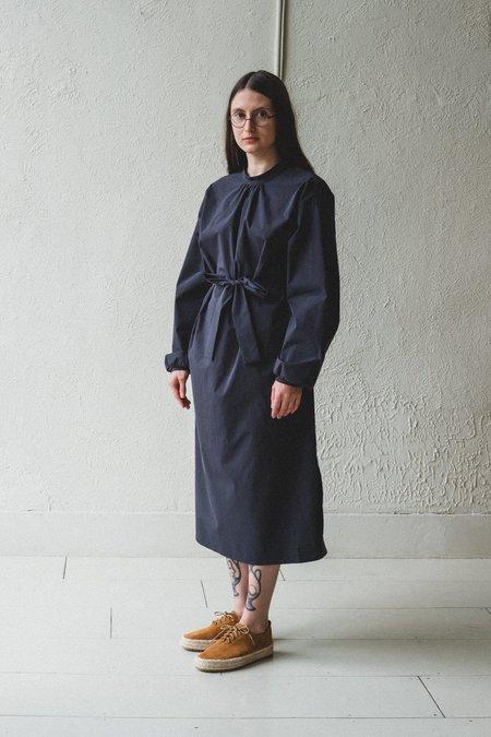 AMOMENTO OPEN BACK DRESS - NAVY