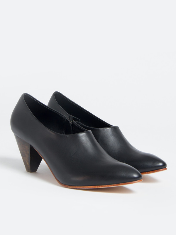Ariana Bohling Bedford Bootie Black