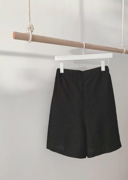 DEVORE POOLE Tibito shorts
