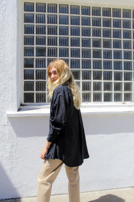 AMOMENTO Silky Shirt - Black