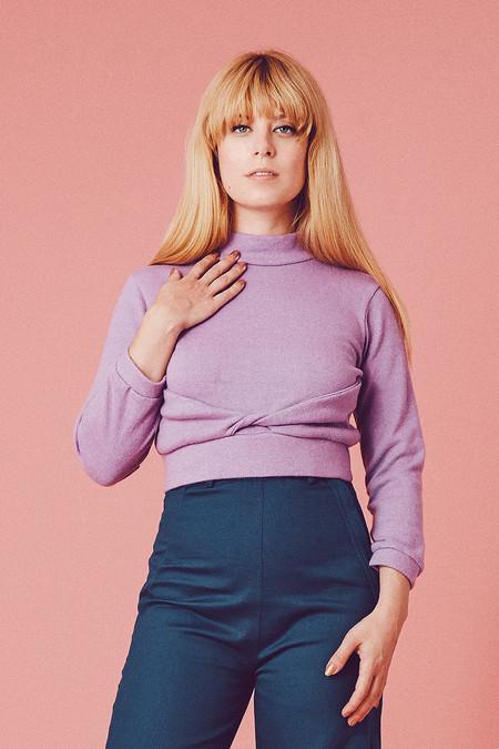 Samantha Pleet Twisted Sweater - Lilac