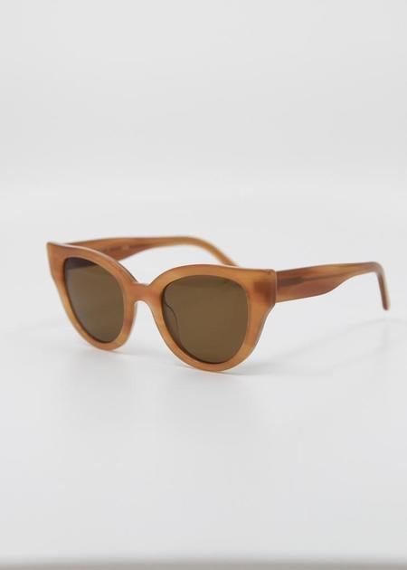 CARLA COLOUR Barton Sunglasses - Cedar