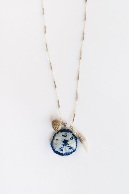 See Real Flowers Blue Moon Talisman