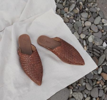 St. Agni Caio Woven Flat - Antique Tan