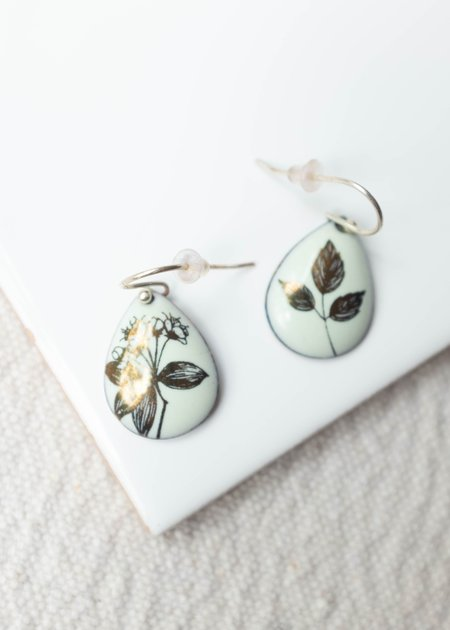Magpie Mouse Tear Drop Earrings
