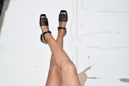 About Arianne Marini Mesh Sandal - Black