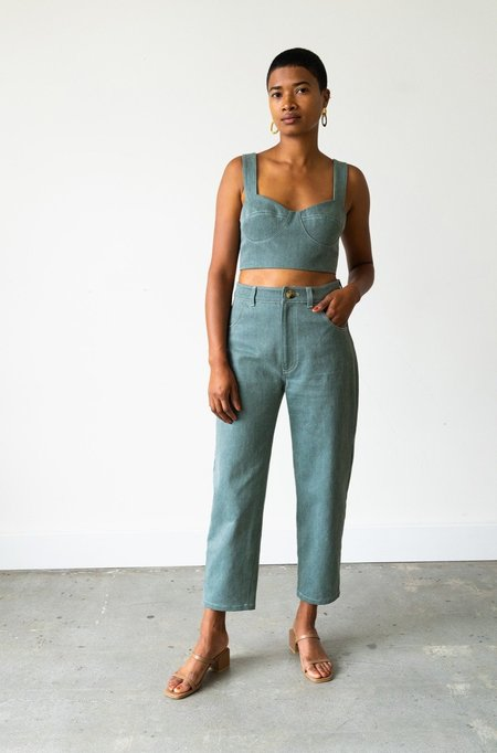 Waltz Carrot Jean - Sage Denim