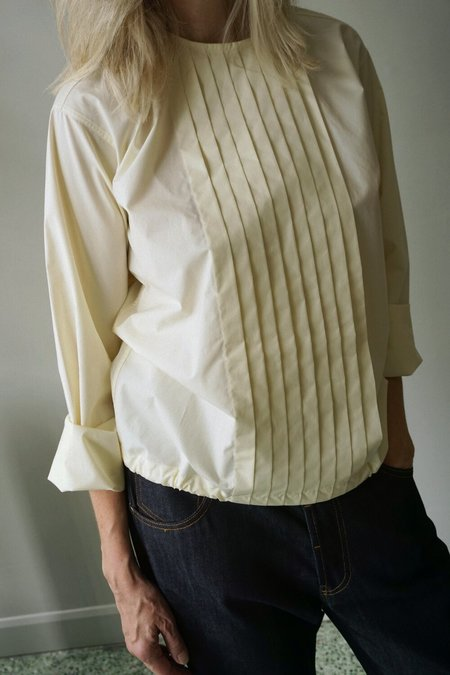 SOFIE D'HOORE PLEATED FRONT SHIRT - EGGSHELL