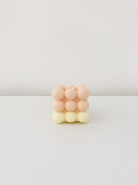 Ri-Ri-Ku ATOM CUBE CANDLE - PEACH/YELLOW