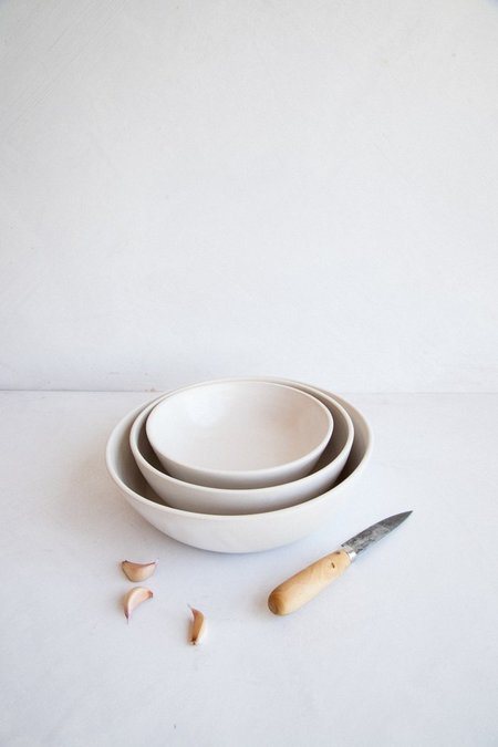 Earthen Nesting Serving Bowls - Snow