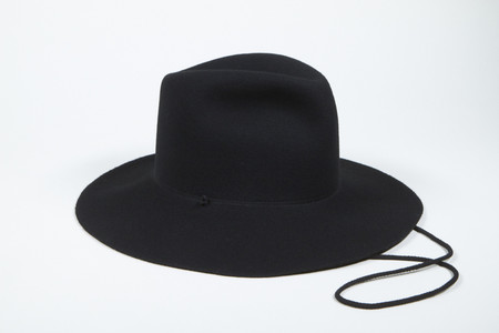 Clyde Wide Brim Pinch Hat w. Drawstring in Black