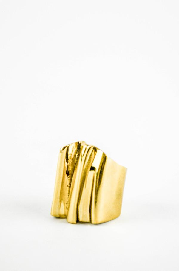 K/ller Pleat Brass Ring