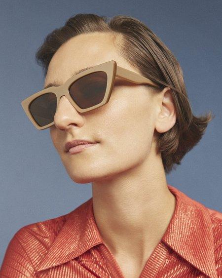Carla Colour Modan Sunglasses - Oro