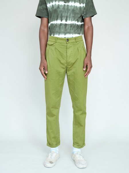 Magill Garment Dyed Pleated Chino - Olive