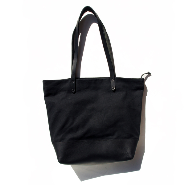 AW By Andrea Wong ANACORTES BAG | BLACK