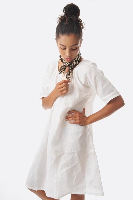 Lotte99 linen french dress - white