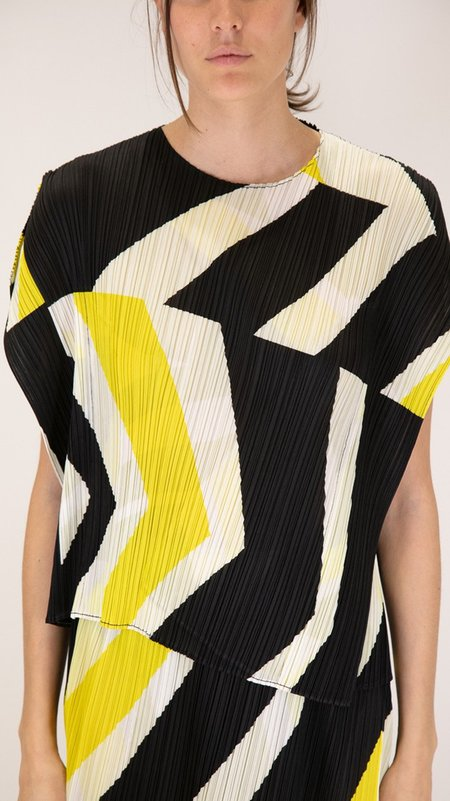 Issey Miyake Pleats Please Motion Top