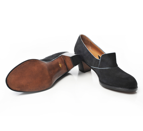 Le Yucca's Antracite Susan Superbuck Suede Slip On