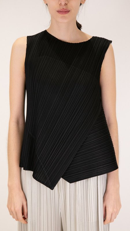 Issey Miyake Pleats Please Diagonal Pleats Sleeveless Top - Black