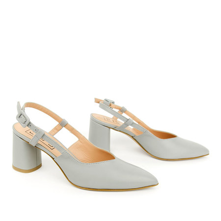 re-souL Elena Slingback Pump - Cloud