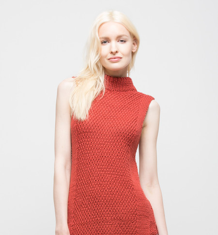 VOZ Textured Mock Neck Brick