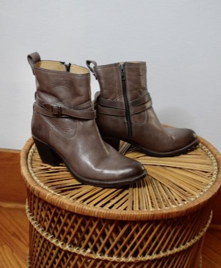 [Pre-loved] Frye Ankle Booties - Grey