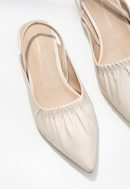 """INTENTIONALLY __________."" Into Sandals - Cream"