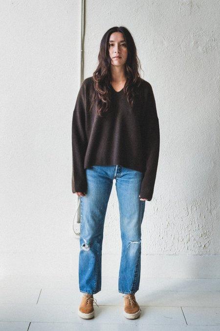 Nomat Ribbed V Neck Yak Wool Sweater