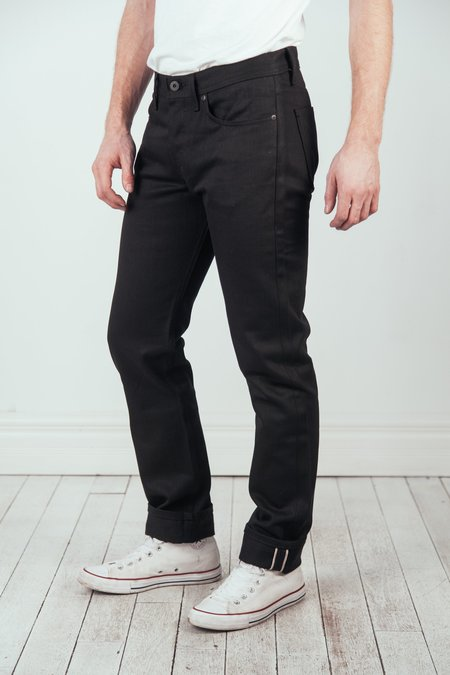 Naked & Famous Weird Guy Selvedge - Solid Black
