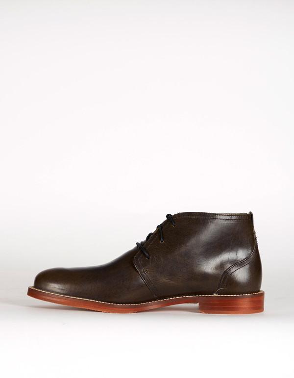 J Shoes Monarch Chukka Boot Black