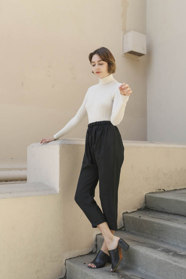 Priory Judd Pant in Black