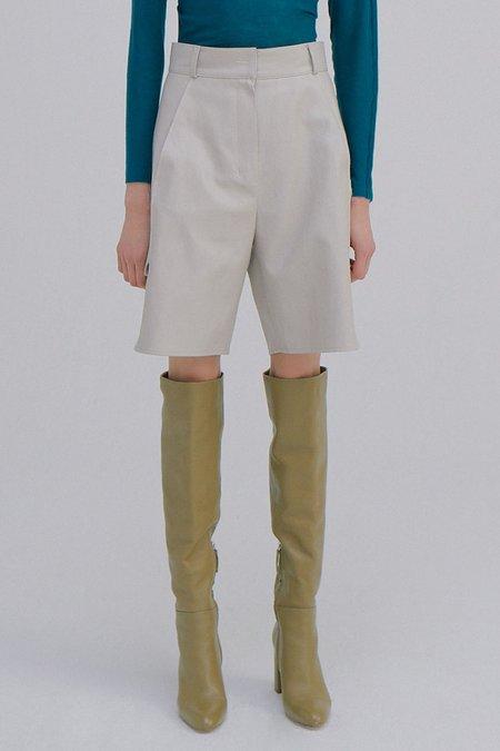 WNDERKAMMER Eco Leather Half Trousers