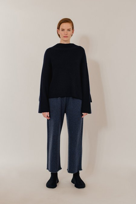 Unisex Oyuna Lak Knitted Cashmere Cropped Trousers - Dark Blue Rain