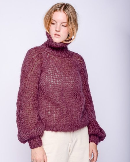 Maiami Mohair turtleneck cable sweater - mauve