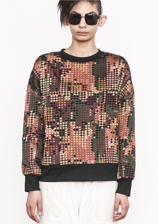 Berenik PIXELLATED EMBROIDERY SWEATSHIRT