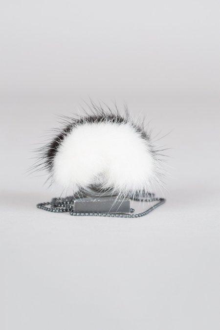 Feswa MINK RING PENDANT - BLACK/WHITE