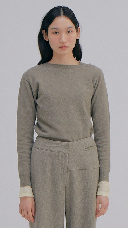Wnderkammer Unbalanced Cashmere Top - Khaki