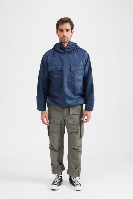Engineered Garments CAGOULE SHIRT IN POLYESTER PILOT TWILL - NAVY