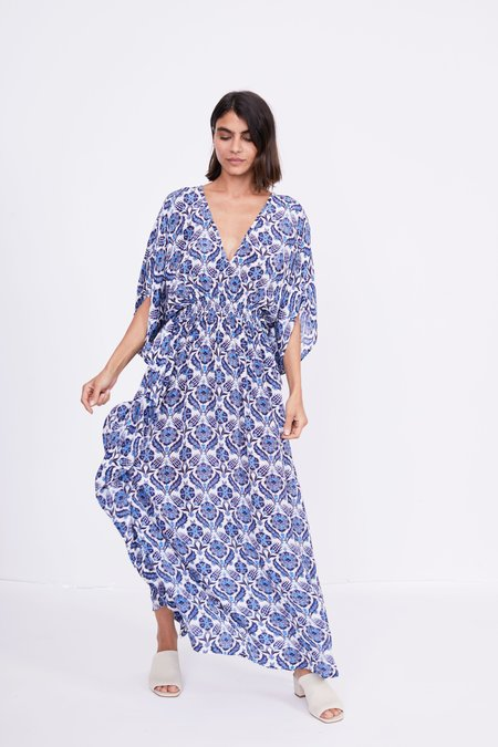 RUJUTA SHETH Marie Cinch Kaftan - Blue Lotus Print