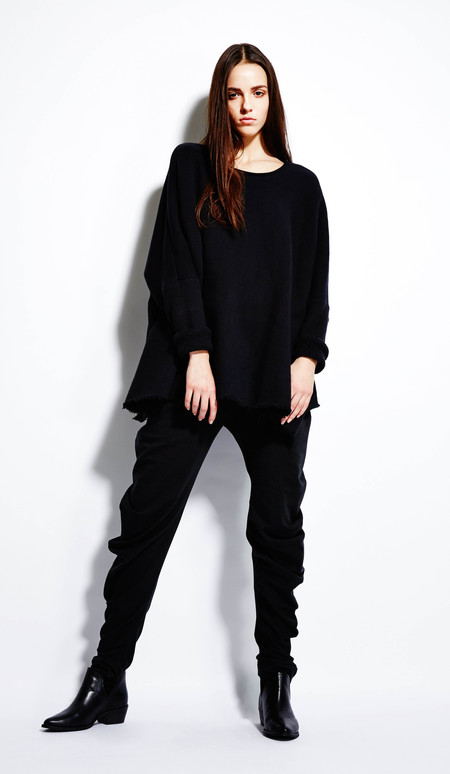 Devlyn Van Loon Curve Sweater - Black