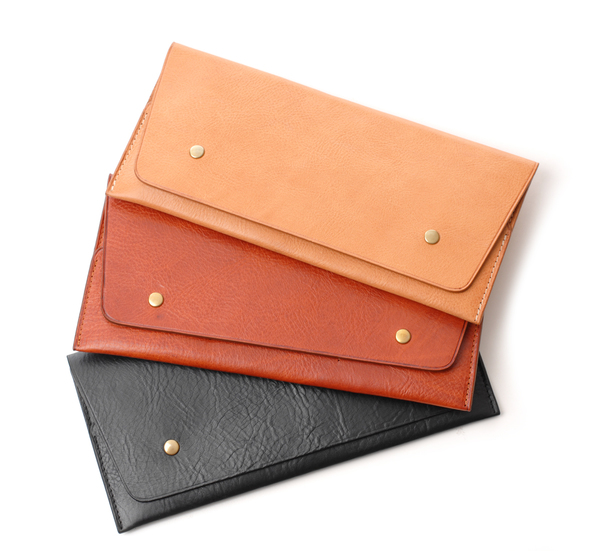 Steve Mono Natural Travel Wallet