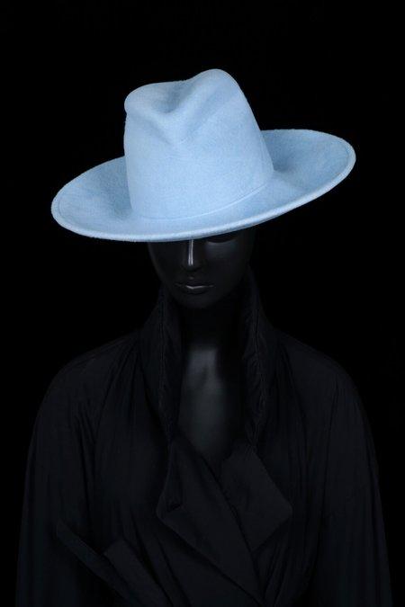 Esenshel Split Wide Curved Brim Hat - Powder