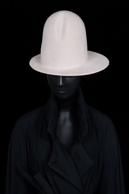 Esenshel DOME CREASED ASYMMETRIC BRIM HAT