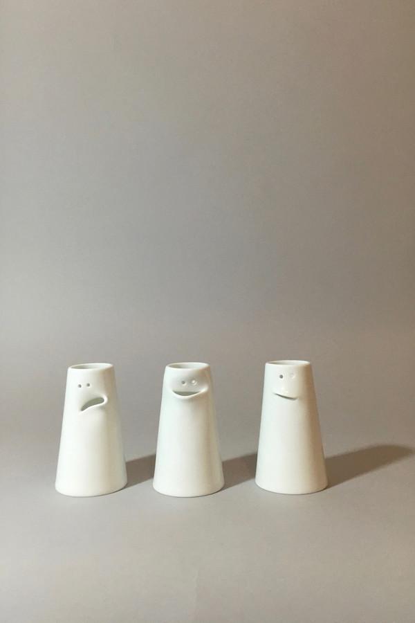 Spin Ceramics Faces Vase Set